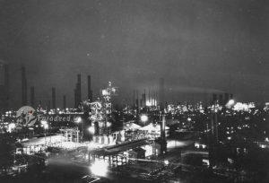 resized 1038541 307 300x204 هفتاد و چهارسال قبل بزرگترین پالایشگاه نفت جهان